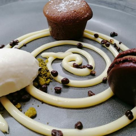 Mini Coulant amb xocolata blanca i gelat de coco